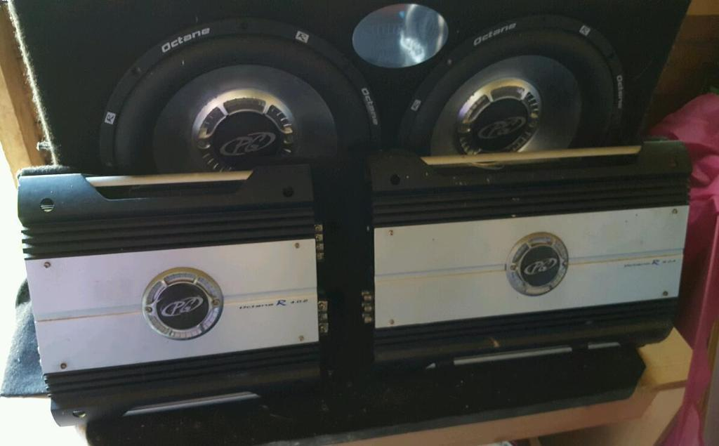 2 Subwoofers And 2 Amps