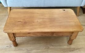 VINTAGE AMERICAN MAPLE WOOD COFFEE TABLE, HRD WAXED, IDEAL PROPORTIONS, SIDE TABLE