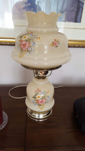 Vintage Syle Table Lamp $15