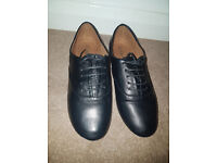 Brand New, Un-opened Ladies Shoes, BOOHOO -Lily Lace Up Brogues, Size 6