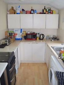 """Enjoyable two double bedroom in connection with Canning Town DLR station """"Student friendly"""""""