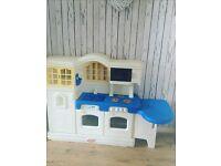 Little tikes country kitchen