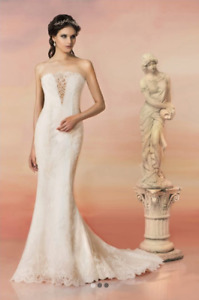 BRAND NEW WEDDING DRESS, WITH TAGS!