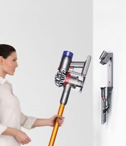 Dyson V8 ABSOLUTE - New/Demo