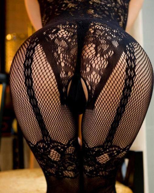 Чёрные кружевные чулки порно фото