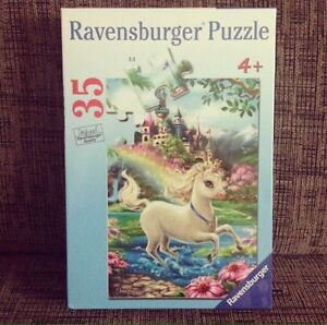 * NEW * Ravensburger Unicorn Castle Puzzle - 35 Pieces