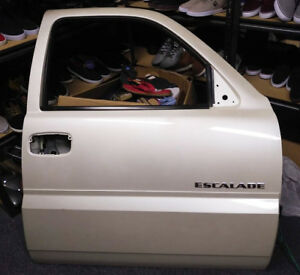 Cadillac Escalade Door - MINT!