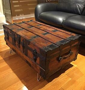 Antique Steamer Trunk - Wood Refinished - amazing Coffee Table