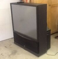 """FREE 52"""" RCA Rear projection TV"""