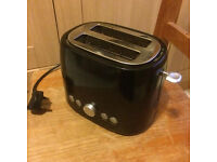 Black 2-Slice Toaster