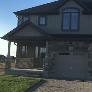 BRAND NEW HOUSE 4 RENT IN RIVERBEND AREA, AVAIL IMMEDIATELY!!!