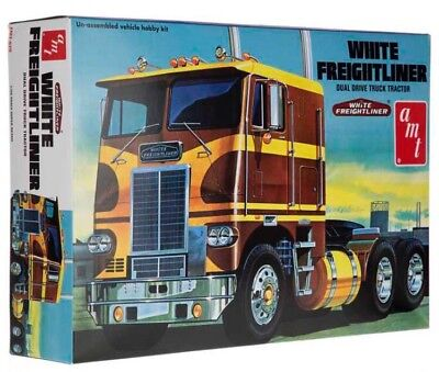 AMT White Freightliner Dual Drive Cabover Tractor model kit 1/25 New! for sale  Shipping to Canada
