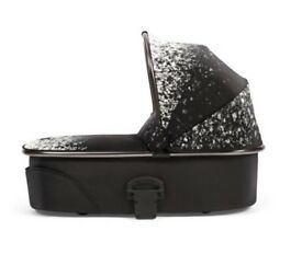 Mamas and papas urbo2 black carrycot bassinet pram stroller pushchair RRP:£219