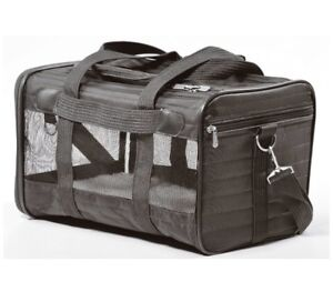 Large soft sided ,in cabin and, flight approved , pet carry bag