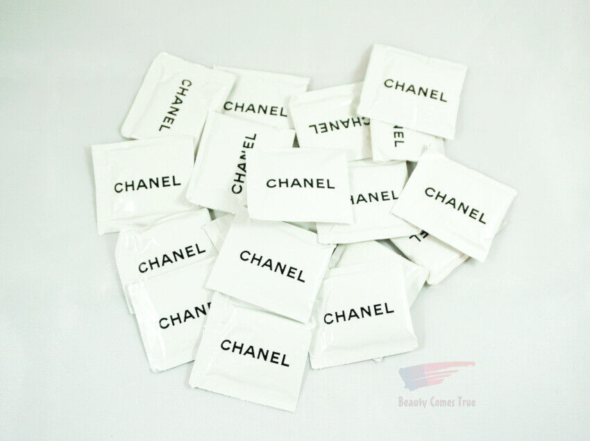 Chanel Cleansing Towelette Refreshing Solution Lot 20 Packets NEW