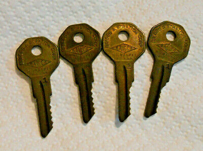 Lot of 4 Vintage Old Matching Matched Chevy GM Briggs & Stratton Basco # 1 Keys