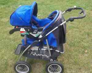 Quinny 4 XL Travel System - Stroller, Carseat, Base, and Mannual Peterborough Peterborough Area image 2