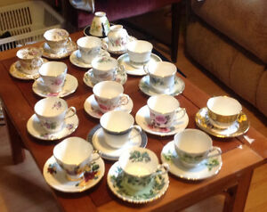 75 tea cups and saucers London Ontario image 2