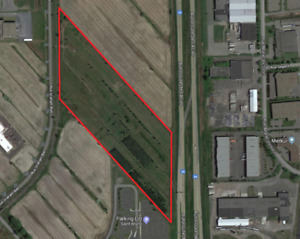 Commercial Land - Next to  Highway 30