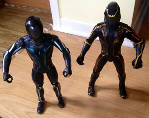 Tron Legacy Sam Flynn, Clu Light-up and talking action figures