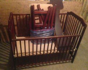 Convertable Crib and Change Table Set