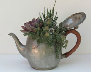 PEWTER TEAPOT (Rustic-Charm Mississauga)