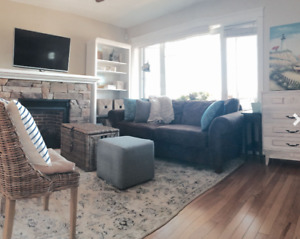 Fully-furnished Downtown Waterview Home