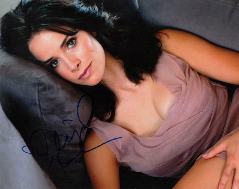 ABIGAIL SPENCER.. Alluring Actress - SIGNED