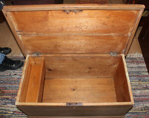 Old Blanket Box In Taupe Paint London Ontario image 5