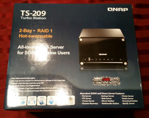 QNAP TS-209 NAS + 2 x 500Gb Drives