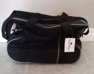 Black insulated picnic lunch bag large with wheels New with tags
