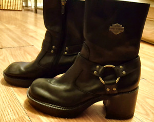 Brand new women's Harley Davidson leather boots