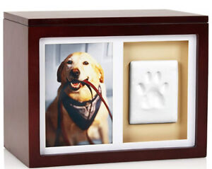 NEW! Pearhead Dog/Cat Paw Print Memory Box With Clay Imprint Kit