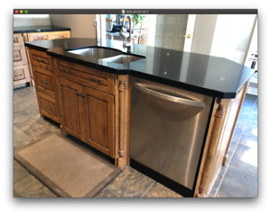 Kitchen Island with Quartz Counter