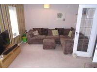 3 Bedroom house with 3 Bathrooms, end of Terrace