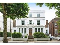 4 bedroom flat in Hamilton Terrace, St John's Wood