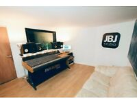 Bands/artists wanted for development at Recording Studio West London. Work with industry producers!