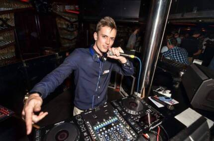 DJ ROYCE - Professional DJ Hire - Weddings/Events/Birthdays