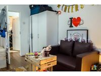 BRIGHT DOUBLE ROOM FOR RENT IN TRENDY BRICK LANE