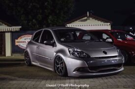 Renault Sport Clio 200 on airlift V2 suspension