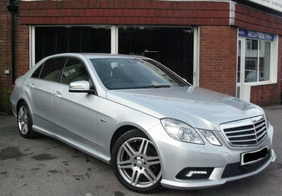 Mercedes benz e class e350 w212 amg sport top of the range for Mercedes benz amg range
