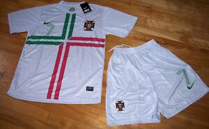 Jersey soccer (Chandail) avec Short PORTUGAL 2013 - RONALDO