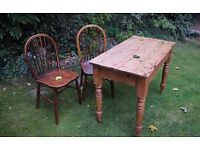 RUSTIC KITCHEN TABLE WITH 2 CHAIRS