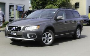 2010 Volvo XC70 3.2 PREMIUM! AWD! LEATHER! SUNROOF!