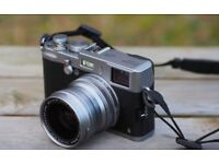 Fujifilm X100S with wide angle lens WCL-X100