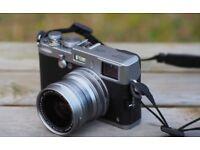 Fujifilm X100S + wide angle lens WCL-X100