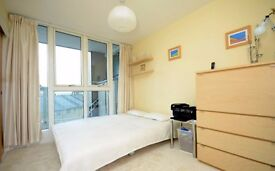 Quality EN SUITE Double Room in Royal Docks, Zone 3