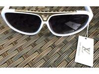 Louis Vuitton Evidence sunglasses (Brand new)