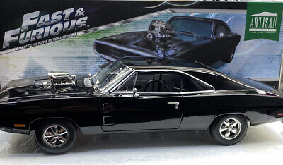 Greenlight 1970 DOMS CHARGER Fast And Furious 1/18 Scale Mint Condition