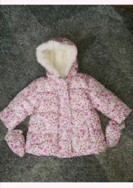 Baby girls coat size 3-6 months